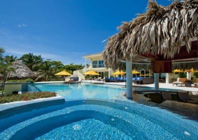 Canary Cove Main House Hot Tub, Swim Up Bar, Infinity Pool