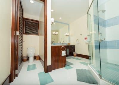 Canary Cove Villa Suite 3 Ensuite Bathroom Private Toilet
