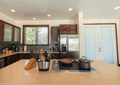 Canary Cove Villa Full Kitchen and Back Yard Access