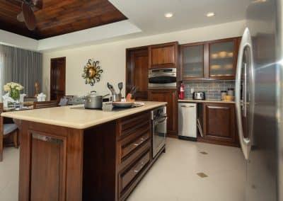 Canary Cove Villa Full Kitchen